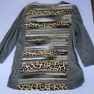Chicos size (1) High low Animal print top.